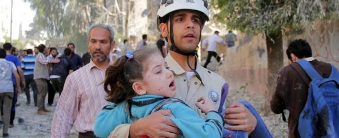 Aleppo: vivere sottoterra tra barili-bomba, 'cannoni del diavolo' e torture