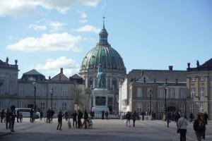 amalienborg_piazza_chiesa_marmo