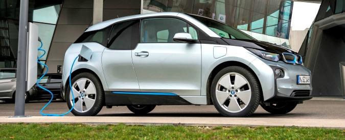Silenziose ma costose? Due studi tedeschi sfatano i miti sulle auto elettriche