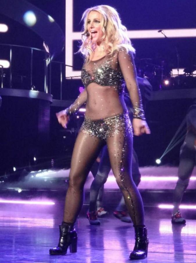 Britney Spears torna alla ribalta. L'ex Federline rivendica i meriti e chiede 20mila dollari in più al mese per l'assegno di mantenimento