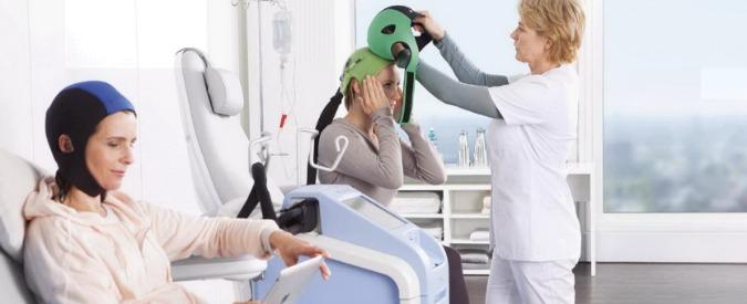 Chemioterapia, un caschetto salva capelli sperimentato allo Ieo di Veronesi