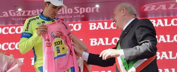 Contador cade al Giro d'Italia, rischio ritiro: giorno nero per la corsa rosa