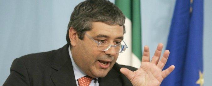 """Sicilia, si dimette assessore Caleca: """"No ai cuffariani"""". Ma era avvocato di Cuffaro"""