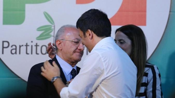 Regionali Campania, avanza il partito unico degli impresentabili: se vince, è finita