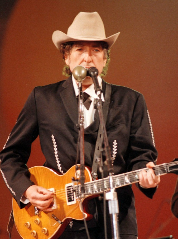 """La notte che Bob Dylan mise al mondo il rock: cinquant'anni fa usciva """"Bringing it all Back Home"""""""
