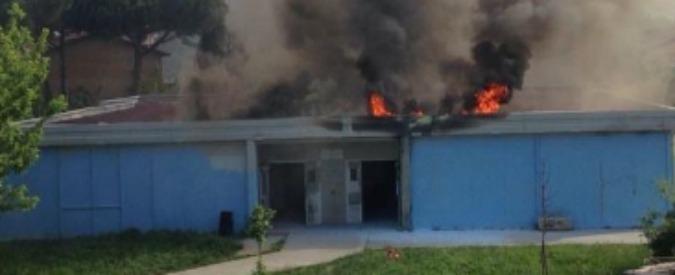 Empoli, incendio in un istituto: evacuati mille studenti. Nessun ferito
