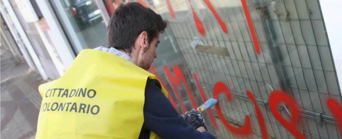 """Expo 2015, la """"rivolta"""" di Milano contro i black bloc: tutti in strada per ripulire"""