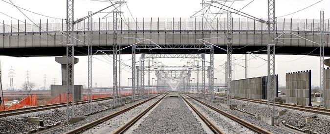 Bologna, operaio 56enne muore folgorato Lavorava alla linea elettrica ferroviaria