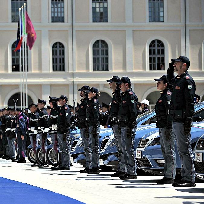 Seat Leon, vince gruppo VW: è Pantera della Polizia e Gazzella dei Carabinieri