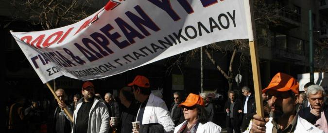 Grecia, emergenza sanità: ambulanze senza pezzi di ricambio. Isole a rischio