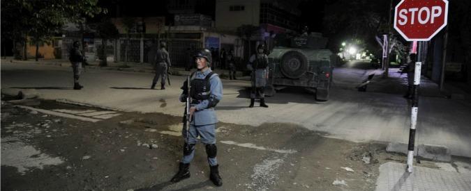 Kabul, attacco talebano al residence: ucciso Sandro Abati, 48enne di Bergamo