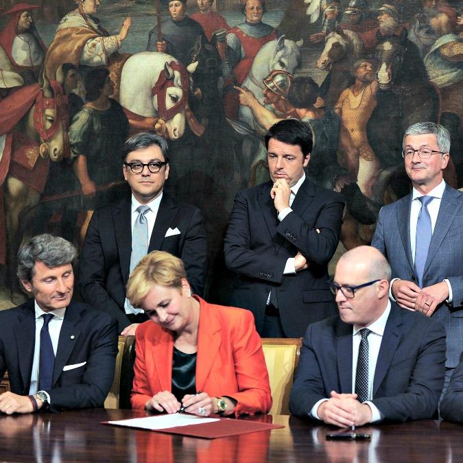 Lamborghini, governo Renzi firma l'intesa per la produzione italiana della Suv Urus