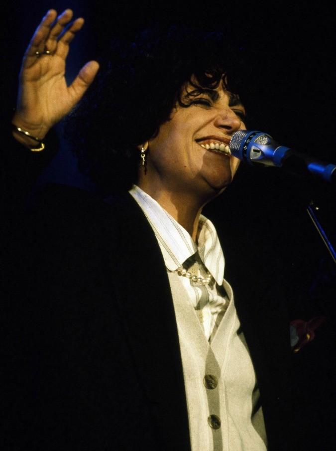 Mia Martini: vent'anni fa moriva, sola e abbandonata da cari e colleghi, una delle più grandi interpreti della musica italiana