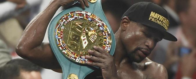 """Mayweather vs Pacquiao, lo statunitense dice no a un'altra sfida: """"È un codardo"""""""