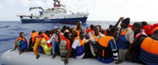 Migranti, soccorse 4.243 persone in un giorno. La Marina trova 17 cadaveri