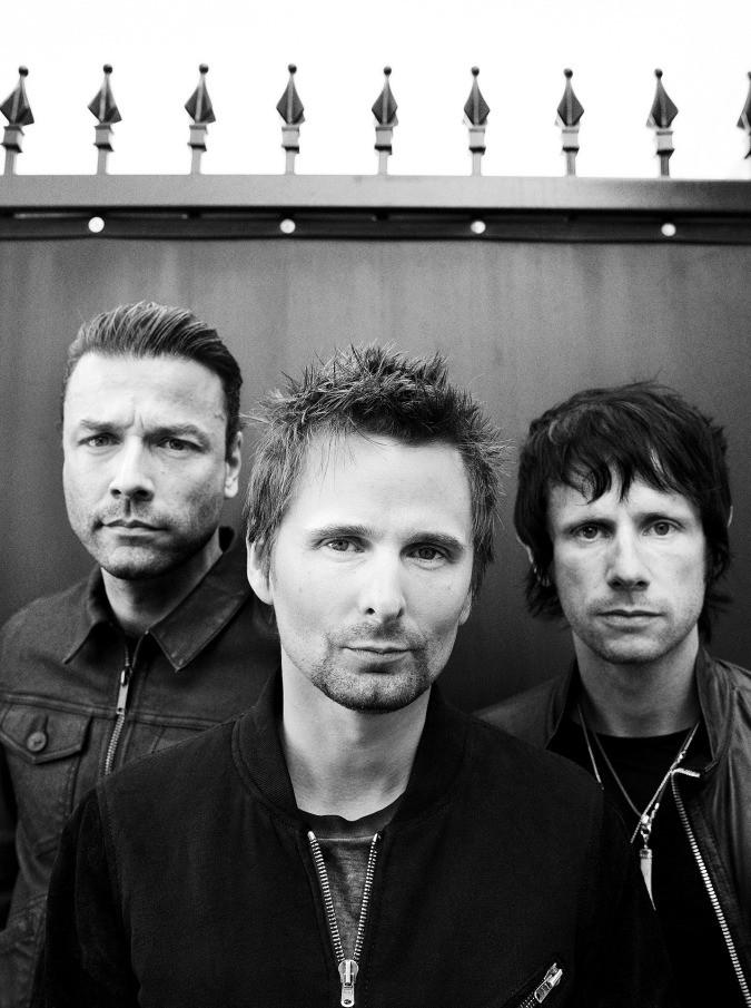 Muse, ecco il nuovo 'Drones': un'opera rock oscura, tra JFK e Orwell