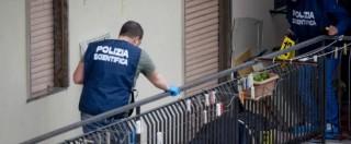 Napoli, spara dal balcone e uccide 4 persone: 'In casa kalashnikov e machete'