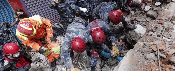 """Nepal, due miliardi per ricostruzione. Ambasciatore Ue: """"Mille europei dispersi"""""""