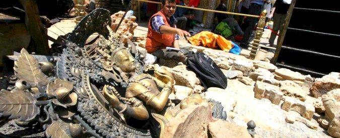 """Terremoto in Nepal, il governo di Kathmandu: """"I morti sono 7.040"""""""