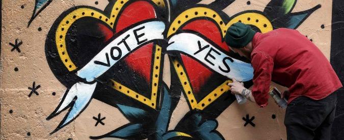 """Matrimoni gay, l'Irlanda dice """"sì"""". Boldrini: """"In Italia facciamo unioni civili"""""""