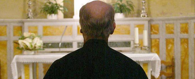 """Brindisi, arrestato prete: """"Abusi su minori. Vescovo disse di non denunciare"""""""