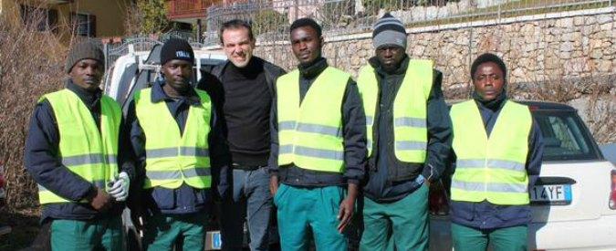 Profughi al lavoro gratis? Polemiche su Alfano, ma in molti Comuni succede già