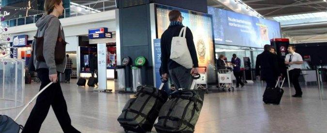 """Strage di Sousse, Inghilterra """"obbliga"""" le agenzie a cancellare i viaggi per la Tunisia"""