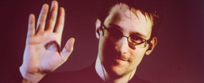 Edward Snowden si iscrive a Twitter: 'Mi sentite adesso?'. E segue solo account Nsa