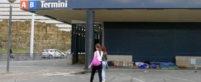 Roma, adescavano minori per farli prostituire: 8 arresti. C'è anche un prete