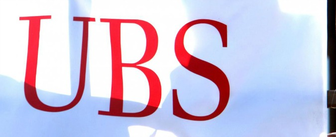 """Francia, multa record da 3,7 miliardi alla banca svizzera Ubs: """"Aiutò i clienti a evadere il fisco"""""""