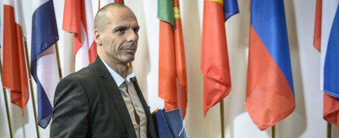 """Grecia, Varoufakis: """"Pagheremo Fmi"""". E propone tassa sui prelievi ai bancomat"""