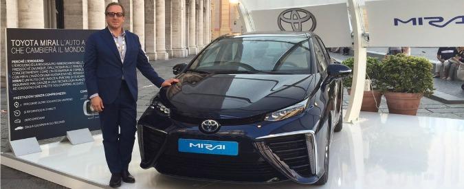 """Idrogeno, Toyota Italia lancia l'appello: """"Serve una rete di distribuzione"""""""