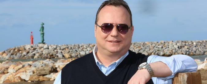 Ambulanti su spiagge, sindaco San Vincenzo (Pd): 'Buttafuori in stabilimenti'