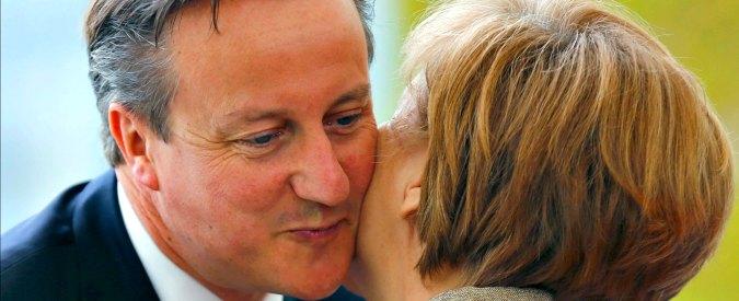 """Londra, David Cameron usa l'arma della """"Brexit"""" per allentare legami con l'Ue"""