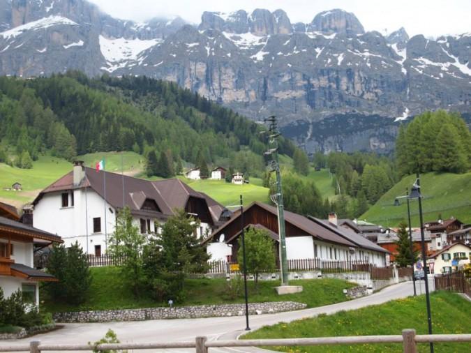 Caserme sulle Dolomiti? No, alberghi a 5 stelle per ...