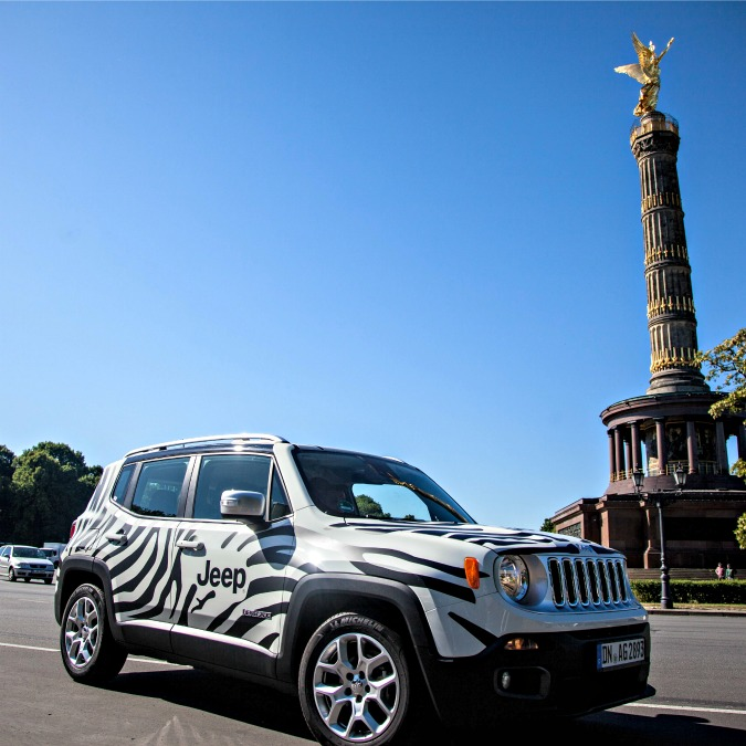 Jeep, 50 Renegade zebrate a Berlino per tifare Juve alla finale di Champions