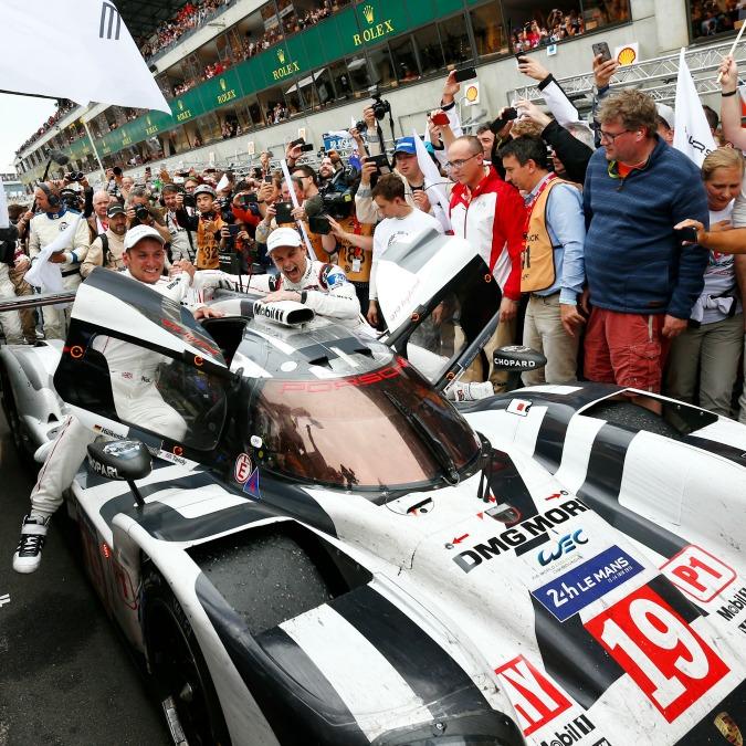 24 Ore Le Mans 2015, la Porsche vince e interrompe il dominio Audi