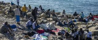 """Migranti, profughi passano il confine a Ventimiglia. Francia: """"Linea non cambia"""""""