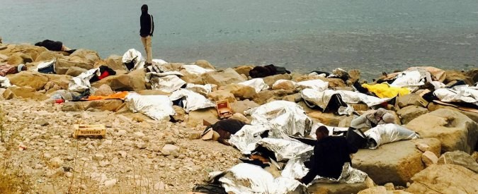 Migranti, se l'Europa risponde a Renzi: 'fatti un selfie'