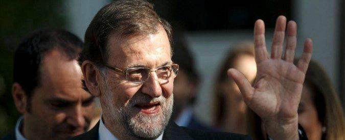 """Spagna, Rajoy colpito con un pugno da un 17enne durante un'iniziativa elettorale. Il giovane: """"Contentissimo di averlo fatto"""""""