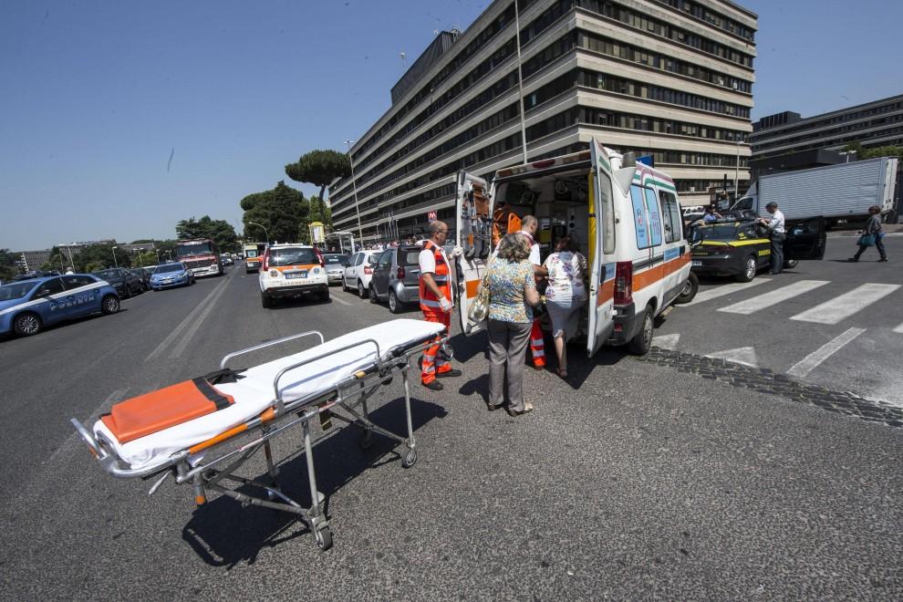 Roma, incidente nella metro B vicino a Eur Palasport:.