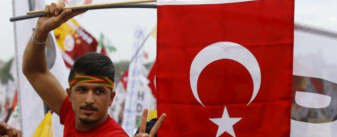 Turchia, crolla la lira dopo il voto. E l'indice della borsa va giù dell'8,2%