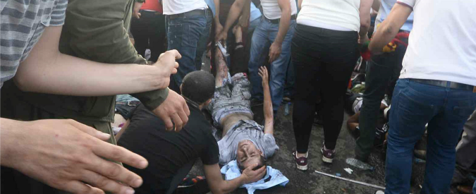 Elezioni Turchia, corteo contro attentato a Diyarbakir. Stretta del governo sul Pkk