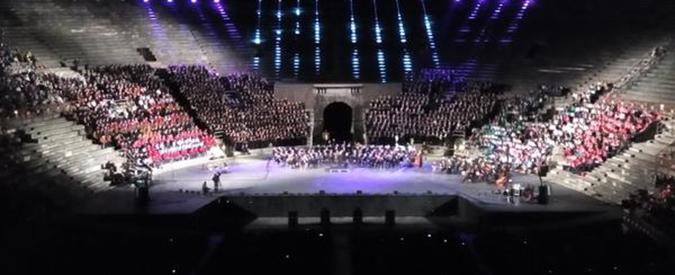 """Arena di Verona occupata da un mese. I lavoratori: """"La lirica è al fallimento"""""""