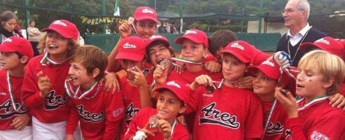 """A Milano il baseball è per tutti: parola di """"Faso"""" di Elio e le Storie Tese"""