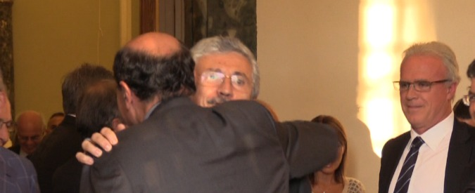 Cena D'Alema, onorevoli, imprenditori, banchieri: 1.000 euro per Italianieuropei