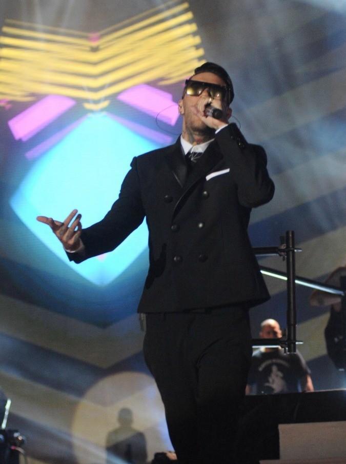 MTV Music Award 2015, i vincitori: Mengoni, Fragola e Ferro. Emis Killa presentatore: e se ci prendesse gusto?