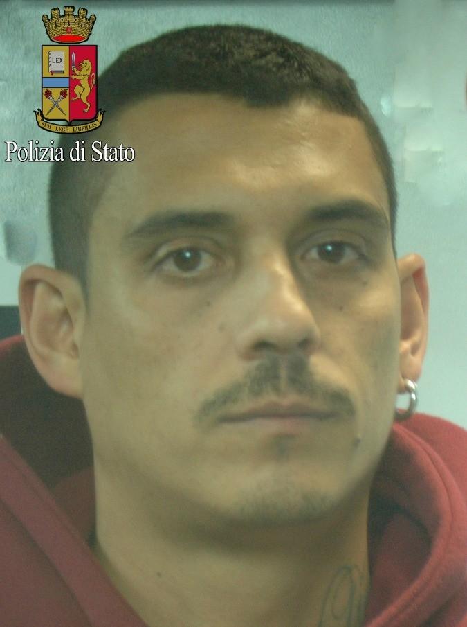Emanuele Frasca, il rapper romano Noyz Narcos dei Truce Boys arrestato per droga a Milano