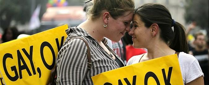 Roma, ad amore risponde violenza. E' questa la 'famiglia naturale' che volete?
