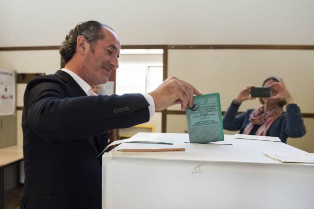Regionali: Veneto, Zaia e Moretti hanno già votato